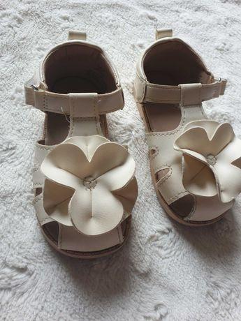 Sandałki dziewczęce H&M rozmiar 21