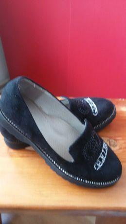 Туфельки 34 розмір