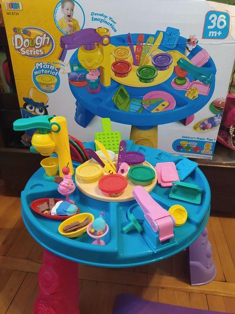 Стол для игр с тестом, пластилином, набор