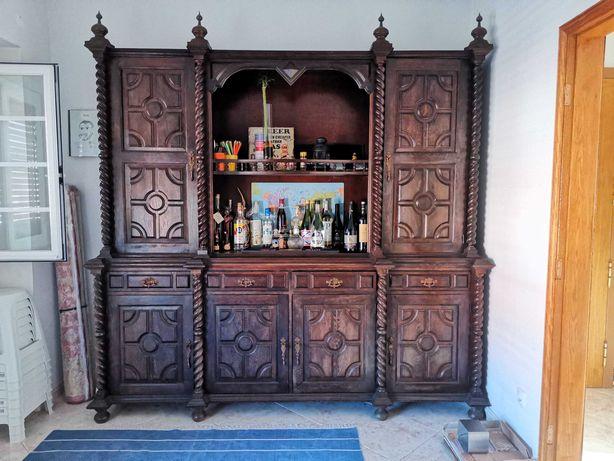 Móvel armário sala antigo madeira maciça tipo mogno