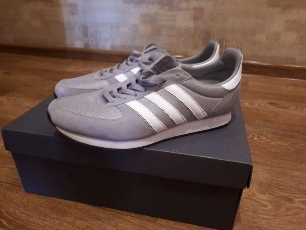 Кроссовки Adidas оригинал. 42 размер.