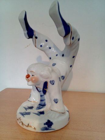 Duża porcelanowa figurka. Clown.