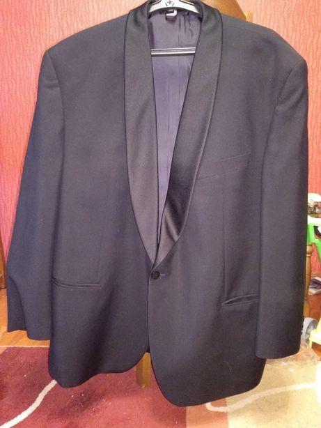 Смокинг/ костюм черный 54-56. Новый.