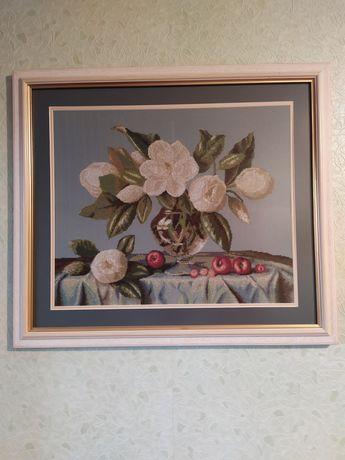 Вышитая крестиком картина,  размер  52*48 , с паспарту и рамкой  70*60