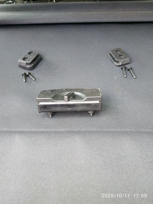 Кріплення аварійного знака Ауді 100 с4, А6 с4 Городенка - изображение 1