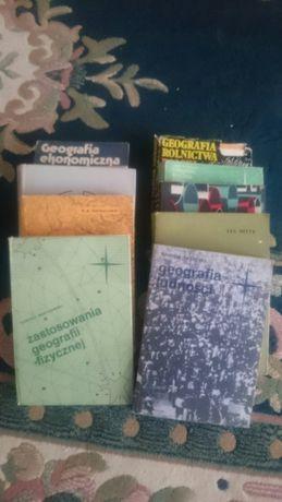 Książki Geografia 10 egz.