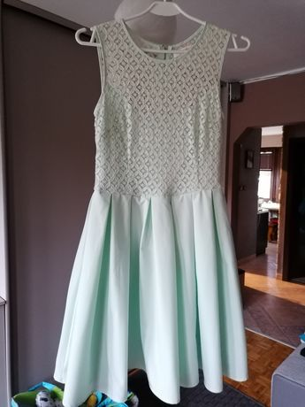 Mietowa sukienka