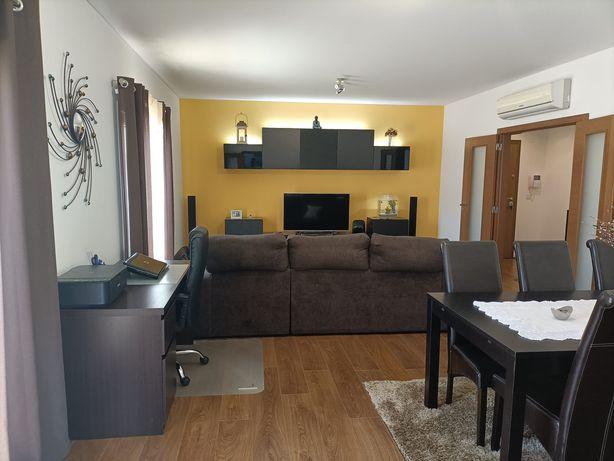 Apartamento T3 com Box como novo