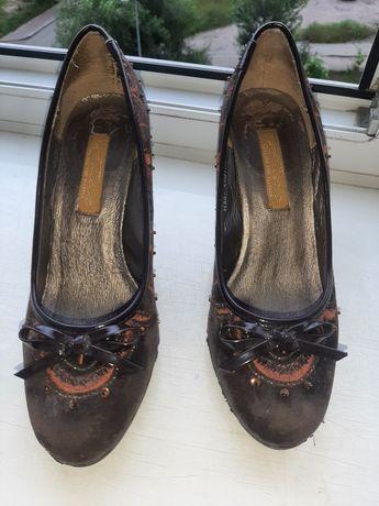 Продам туфли 36р