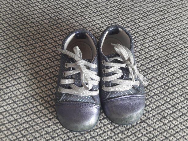 Buty dla dziewczynki Emel