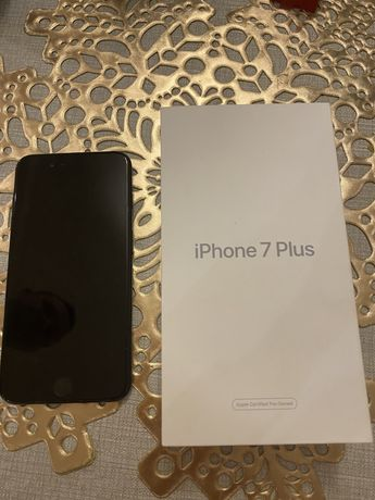 Продам iphone 7plus 128gb.