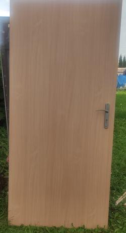 Drzwi 90x205 z oscieżnicą w komplecie z szyldami i kluczami