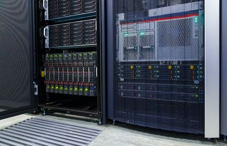 Сервер майнінг отель майнинг AntMiner s7 s5 s9 l3 s17 асик asic майне