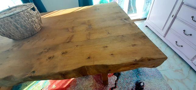 Mesa em madeira maciça/ Estilo rústico