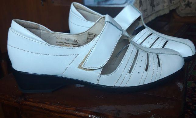 Женские кожаные туфли 43 размер