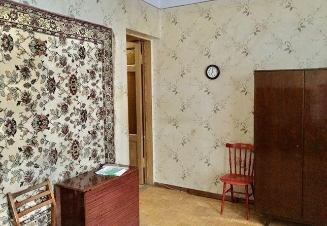 Продам 2 комнатную квартиру сталинку в центре ул. Чернышевского S5