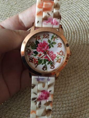 Zegarek damski silikonowy pasek kwiaty NOWY