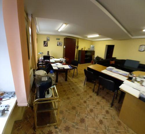 Продам Здание 5 этажей 2000 м2 в Центре Донецка