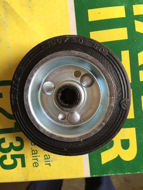 Резиновое колесо с втулкой к тачке, тележке 100X30-12 TENTE (Германия)