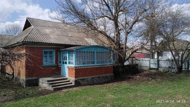 Будинок в селі Голосків