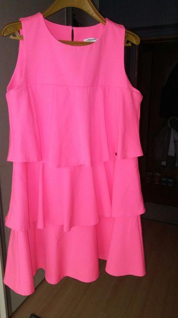 Sukienka rożowa falbanki S Moriss
