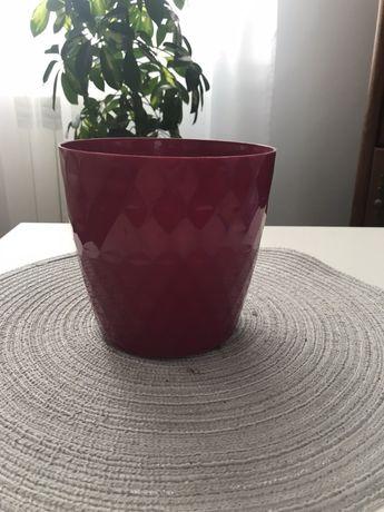 Doniczka plastikowa bordowa 13 cm oslonka