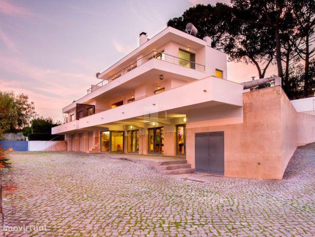 Moradia Isolada Com Piscina | Entrada De Coimbra