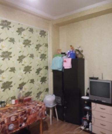 Продам отличную комнату 14м2, с ремонтом и мебелью м.Масельского
