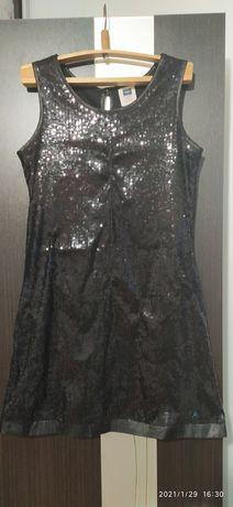 Нарядное платье в пайетках 9-10 лет