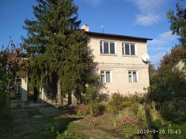 Срочно !!! продам дом или обменяю на КВАРТИРУ в Краснодоне , Луганске.