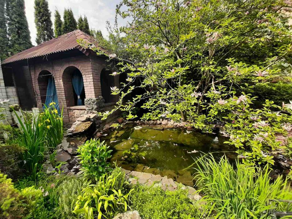 Большой дом 400 кв.,5 раздельных спален, сауна, бассейн, бильярд-1