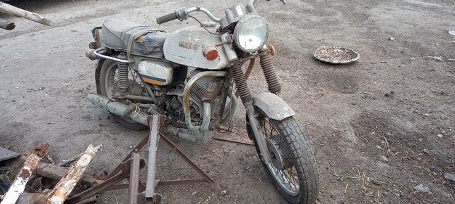 Продам мотоцикл cezeta