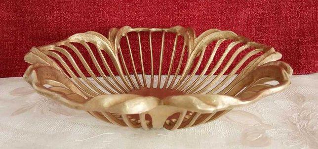 Ваза, Фруктовница, блюдо в форме цветка - бронза - Германия