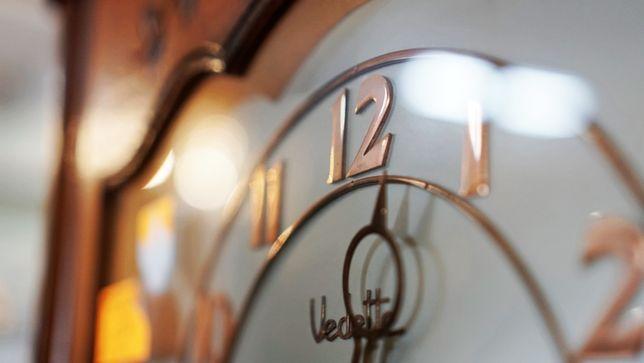 Zegar stojący Antyki Stylowy Węgrów
