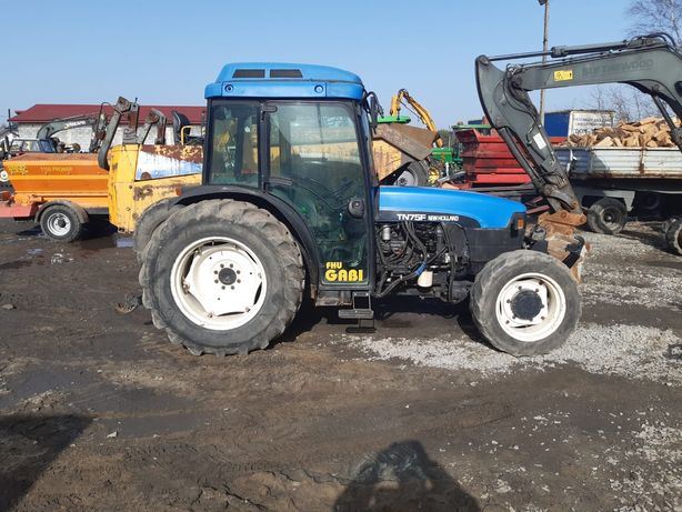 New Holland tn 75f sadownik