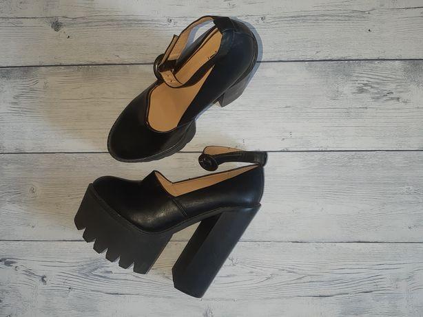 Туфли Truffle 40 размер идеальное состояние