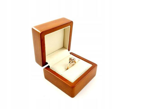Złoty Pierścionek z cyrkoniami PR. 585 W: 2,02g