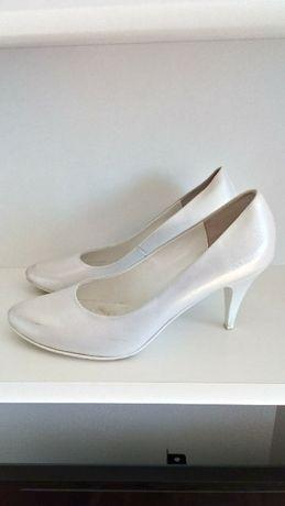 Buty ślubne, białe, skórzane, pełne roz. 39