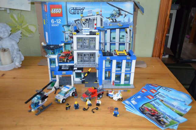 Конструктор Lego Лего 60047-Полицейский участок, оригинал