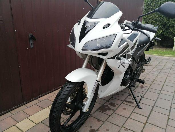 Motor Junak s200