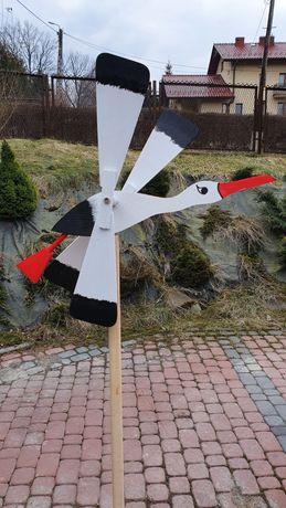 Wiatrak ogrodowy bocian