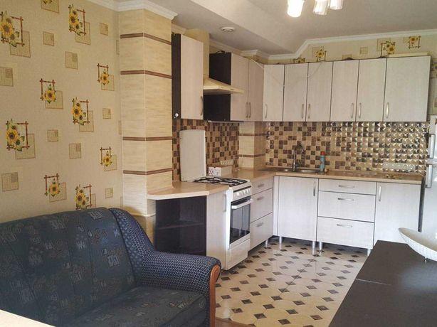 Продам 2 комнатную на Говорова с ремонтом и мебелью