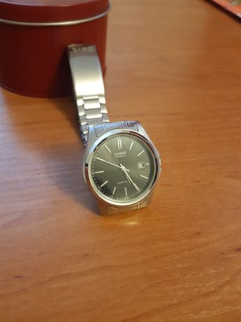 Zegarek Casio na bransolecie