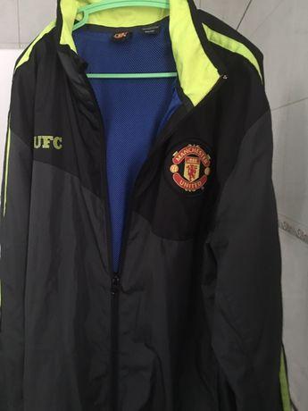 Куртка ветровка на покладке MANCHESTER UNITED размер S