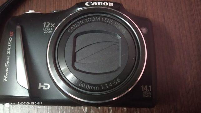 Фотоаппарат цифровой .