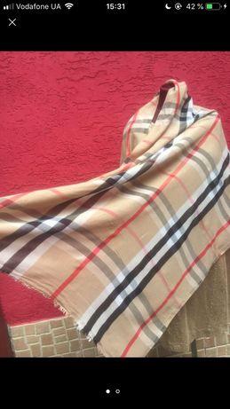 Burberry платок палантин