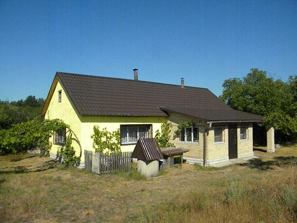 Продам добротный кирпичный дом