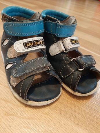 Buty, sandałki, kapcie profilaktyczne Ani- but