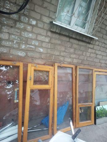 Окна и двери дерево в хорошем состоянии