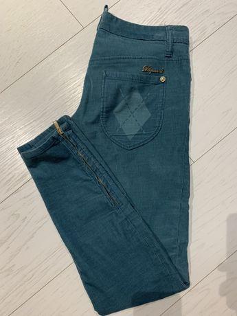Красивые джинсы штаны Dsquared